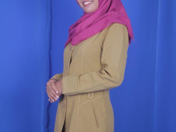 Yenny Ramdhani Putri, S.Pd